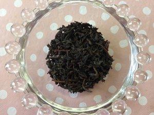 キャンディの茶葉はこんな感じです。しっかりとしたオレンジペコですね!