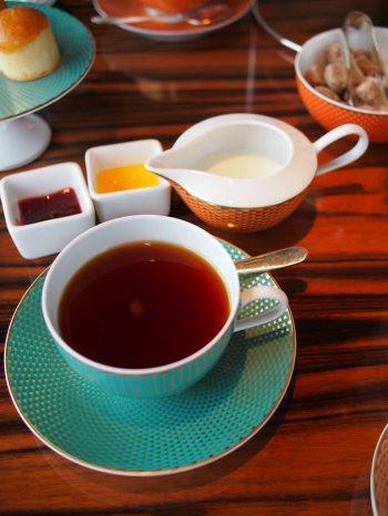 マンダリンオリエンタル東京 オリエンタルラウンジ アフタヌーンティーの紅茶セイロン