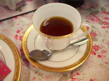 合わせた紅茶はBOPのニルギリ。さっぱりしてて、サンドウィッチにベストマッチ。