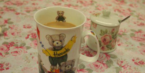 <紅茶レシピ>ティーバッグとマグカップで作るとっても簡単なロイヤルミルクティーの作り方