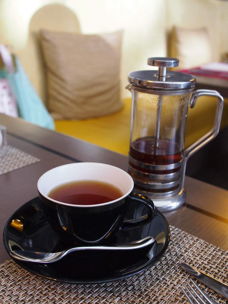 こちらはセレブレーション。マリアージュフレールのマルコポーロに似た甘い香りのする紅茶でした。