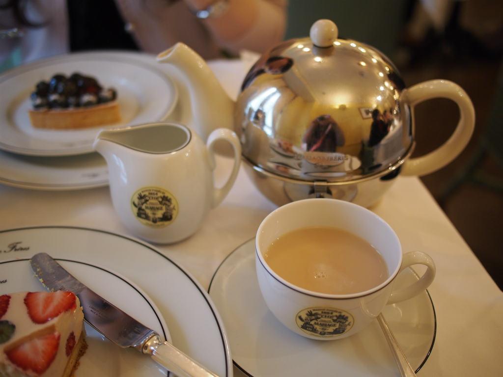 美味しい紅茶は大容量約1リットル!