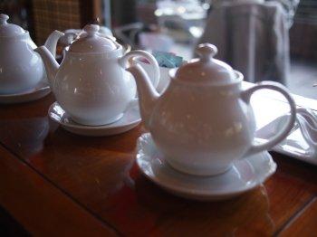 椿山荘ルジャルダンでは紅茶はポットでサーブされます。