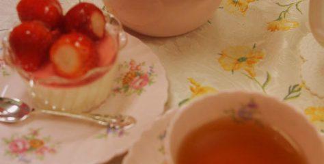 <紅茶とお菓子のマリアージュ>いろいろなフルーツのパンナコッタに合う紅茶は?
