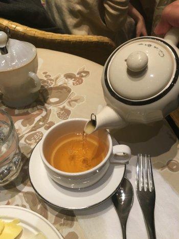 シングルエステートの紅茶もあります。今回の試食会の紅茶はダージリンのマーガレッツホープ茶園の1stフラッシュでした。