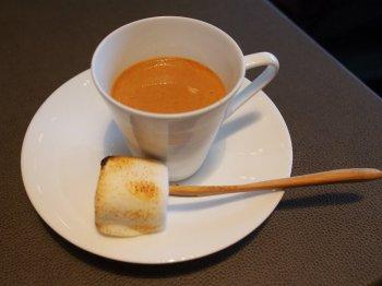 シャングリラ・ピャチェーレ・アフタヌーンティーの紅茶チャイ