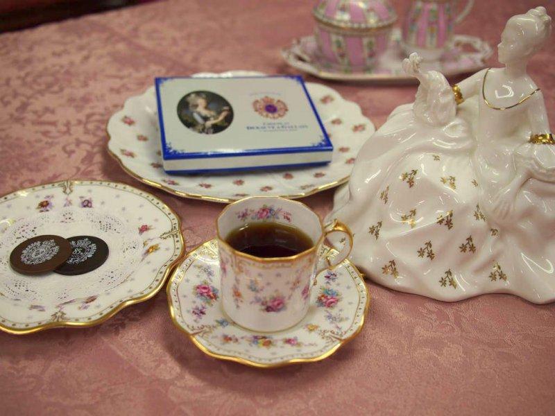 <紅茶とお菓子のマリアージュ>マリー・アントワネットのチョコレートに合う紅茶は?