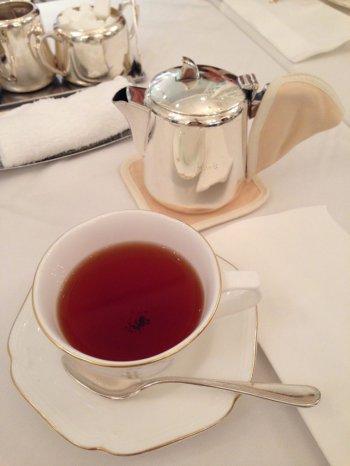 こちらはオランガジュリー茶園のアッサムティー。アッサムのシングルエステートが飲めるなんて嬉しいですね。