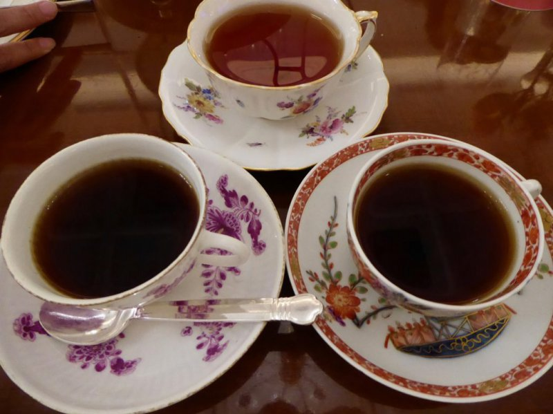 ロイヤルクリスタルカフェのカップ