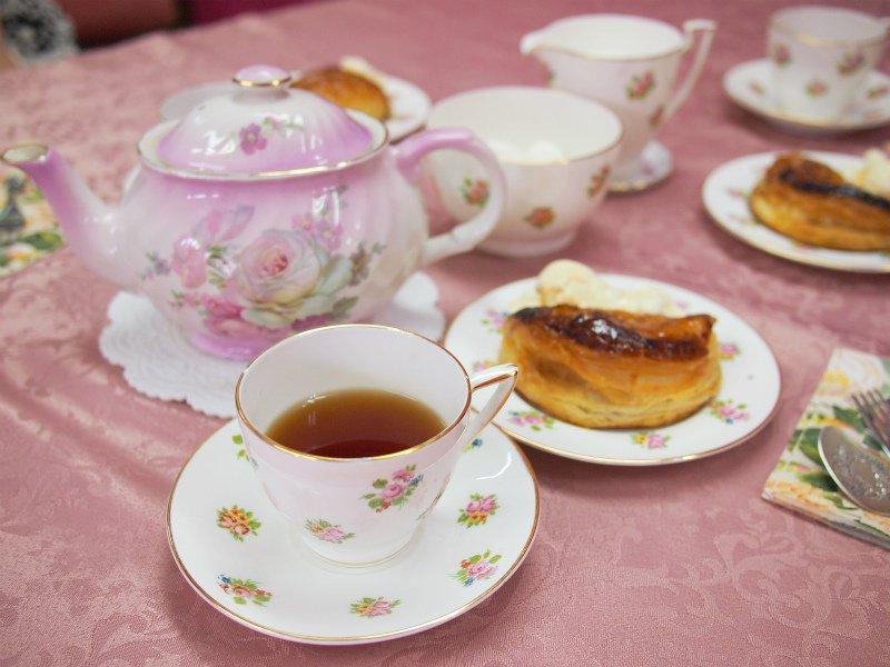 <お菓子と紅茶のマリアージュ>RINGOの「焼きたてカスタードアップルパイ」に合う紅茶は?