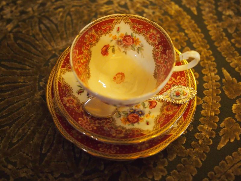 パラゴンのカップ&ソーサー