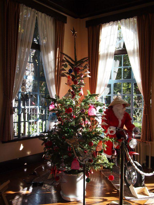 ベーリックホールのクリスマスツリー