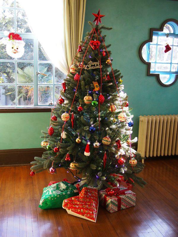 子供部屋のクリスマスツリー