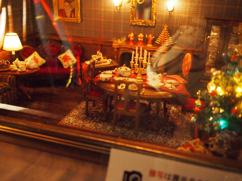 外交官の家にはドールハウスがたくさん展示されていました。