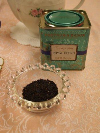 茶葉にはゴールデンチップが少し入っています。アッサムが使われている証拠ですね。