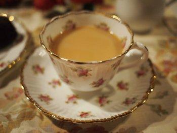 ルフナはミルクティーにするととても美味しい紅茶です。