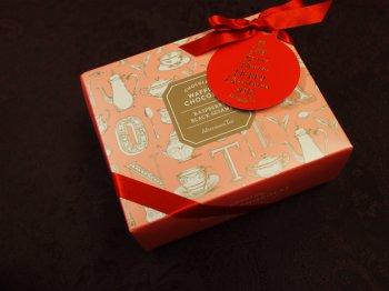 AfternoonTeaのお菓子はパッケージも可愛いですね。