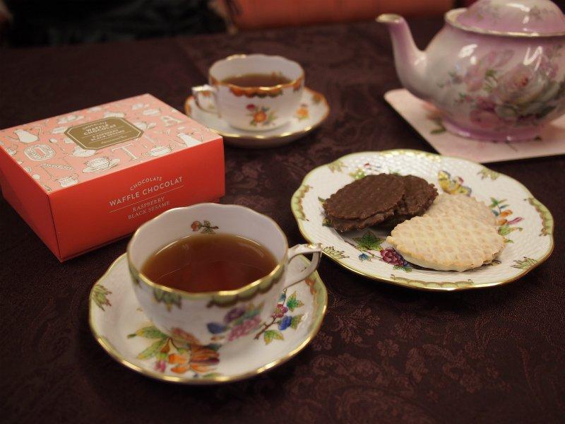 <お菓子と紅茶のマリアージュ>Afternoon Teaのワッフルショコラサンドに合う紅茶は