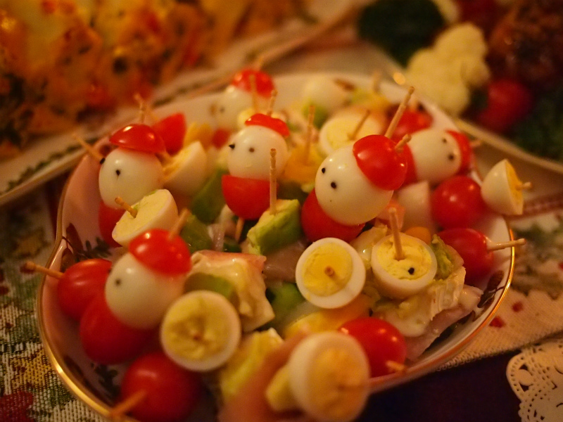 サンタサラダ。 こちらはおもてなし上手のYちゃんの手作りです。こんなに可愛いサラダを作ってくれるなんて感激でした。