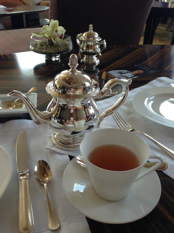 シャングリ・ラ・フォションコラボアフタヌーンティーの紅茶ダージリン