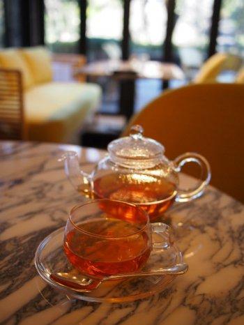 日比谷パレスのアフタヌーンティーの紅茶ダージリン