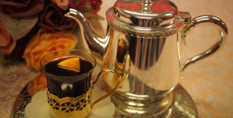 <紅茶レシピ>クリスマスなどの寒い時期にイギリスやヨーロッパでよく飲まれる「モルドワインティー」の作り方
