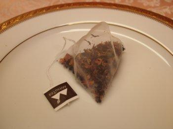 トウモロコシのメッシュで作られたティーバッグ