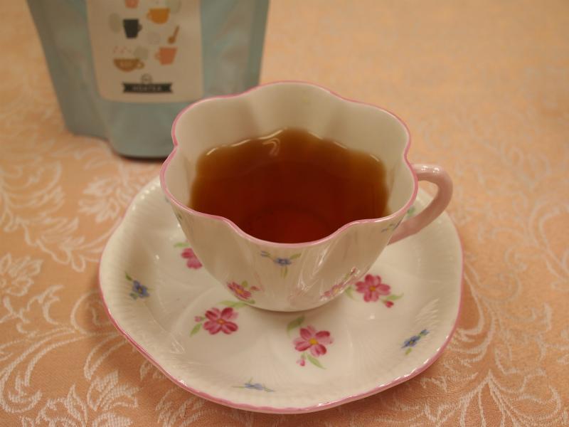 ティーストアー子持紅茶を自宅で淹れた様子