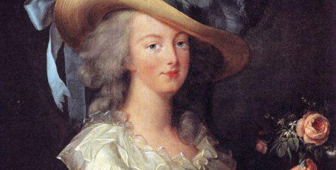 Marie_Antoinette_in_Muslin_dress2