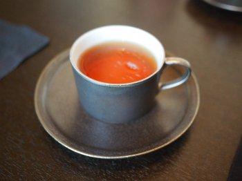 アマン東京ザ・ラウンジbyアマンのアフタヌーンティーの紅茶