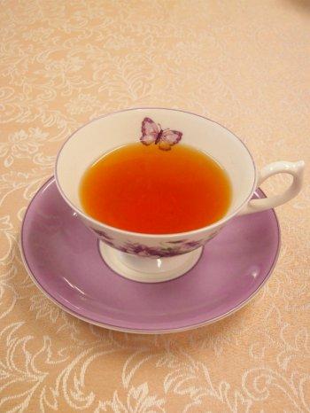 キレイな赤褐色のアッサムティー。 いかにも紅茶らしい美しい色合いと、お芋やかぼちゃのようにも感じられる、モルティーフレーバーと呼ばれる独特の芳香が特徴です。