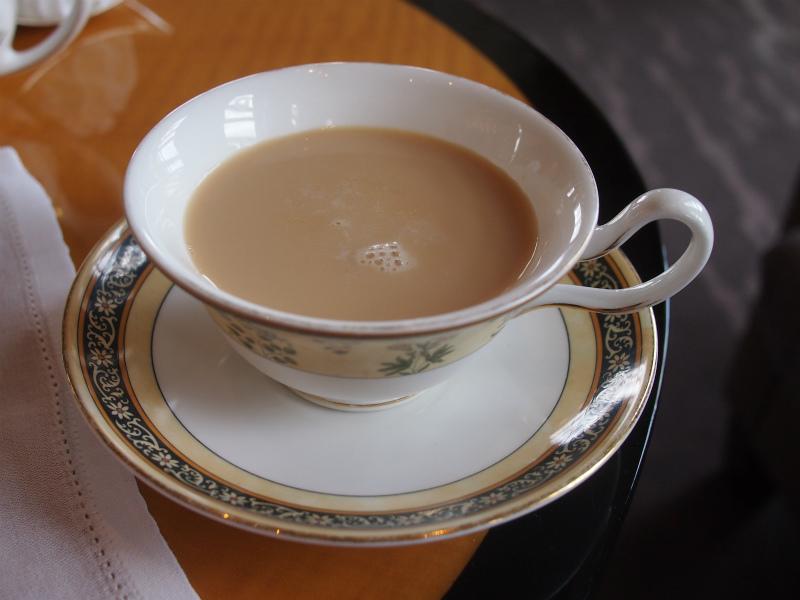 ザ・リッツカールトン ザ・ロビーラウンジのアフタヌーンティーの紅茶2