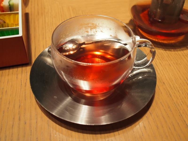 ザ・キャピトルホテル東急ORIGAMIのアフタヌーンティーの紅茶フラワリーオレンジ