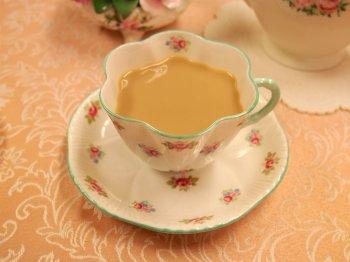 ディンブラはストレートでもミルクティーでも、どちらでも美味しく飲める紅茶です。