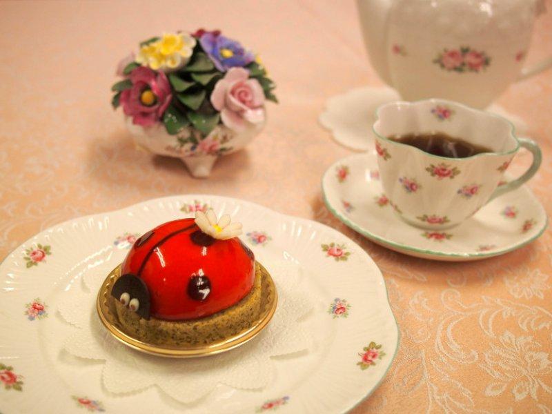 ヴィタメールのてんとう虫のケーキ「コクシネル」