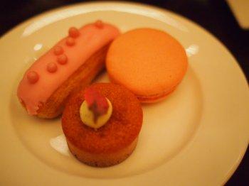 anaintercontinental tokyo sakura afternoontea pastry1