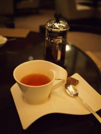 ◆ANAインターコンチネンタル東京「桜ハイティー」の紅茶