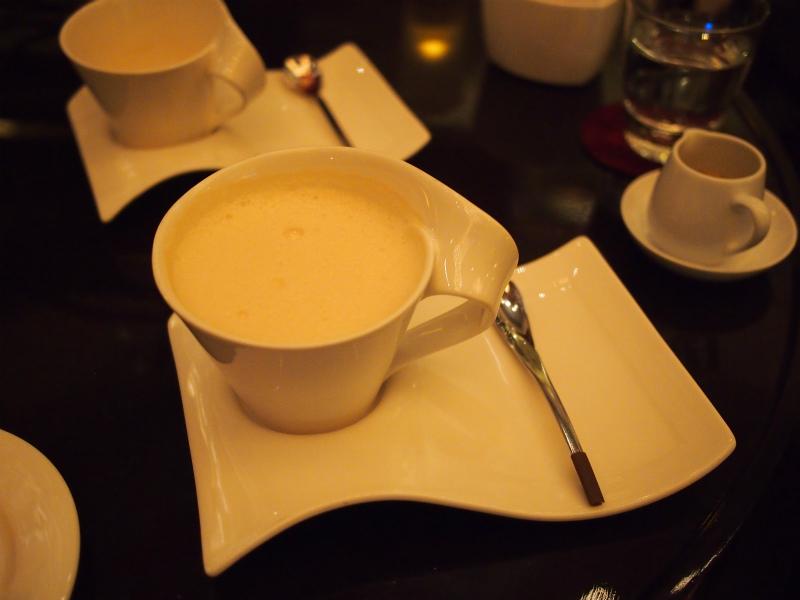 ANAインターコンチネンタル東京「桜ハイティー」の紅茶ロイヤルミルクティー