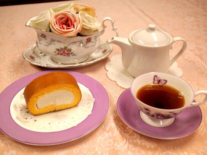 原宿ロールと紅茶