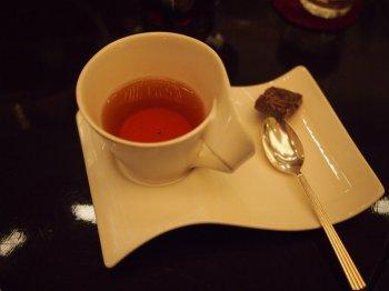 ANAインターコンチネンタル東京「桜ハイティー」の食器ティーカップ