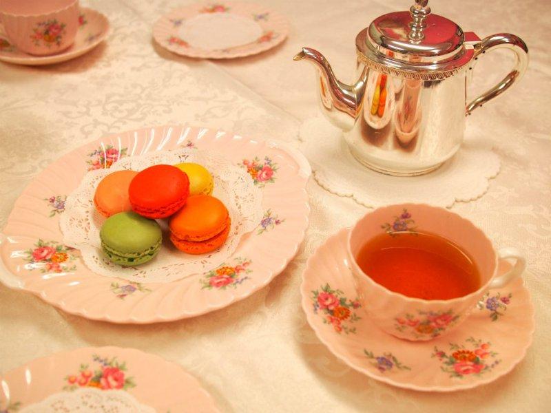 ダロワイヨのマカロンと紅茶