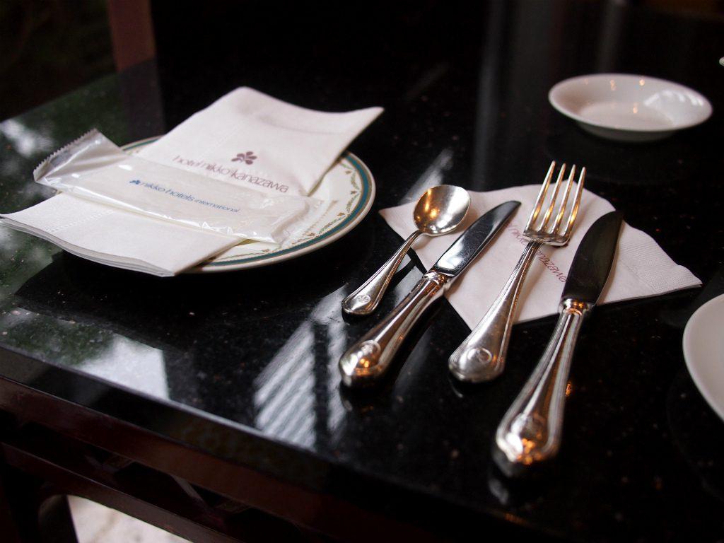 hnkanazawa afternoontea cutlery