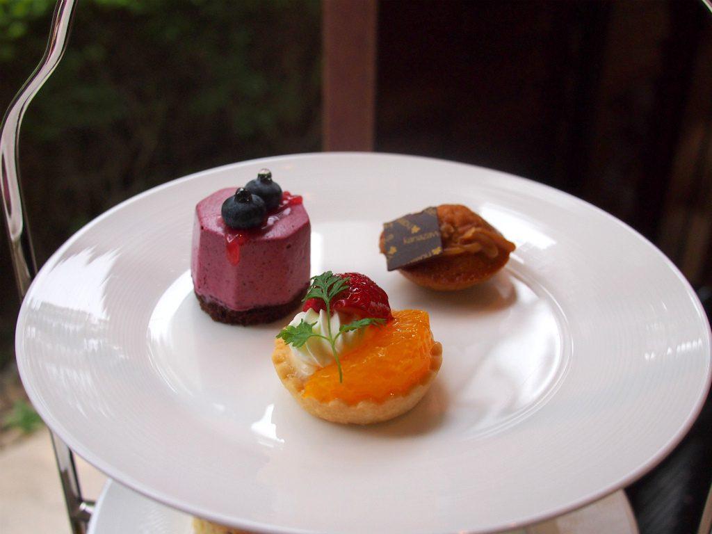 hnkanazawa afternoontea sweets