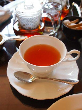 シェラトン都ホテル東京 ラウンジ バンブーのアフタヌーンティーの紅茶