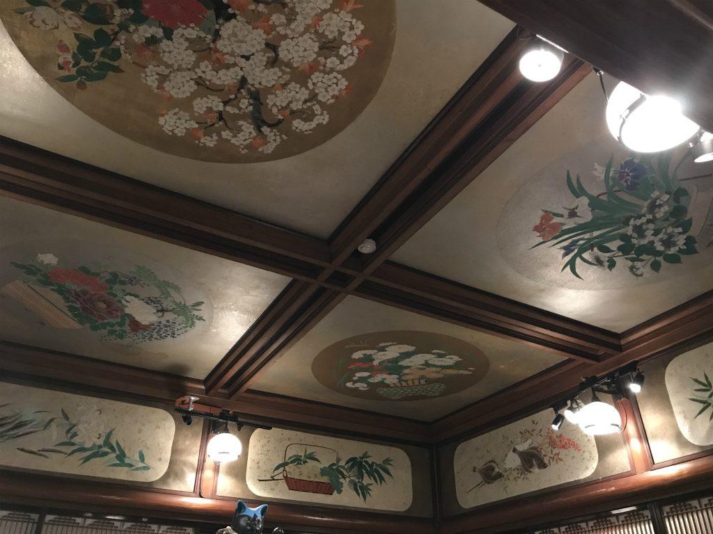 どの部屋の天井も素敵でした。