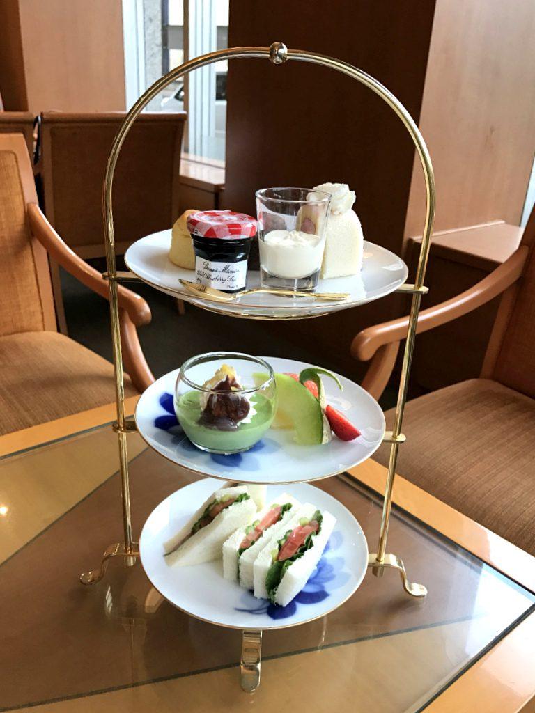 こちらは札幌グランドホテルのアフタヌーンティーセット1人分です。