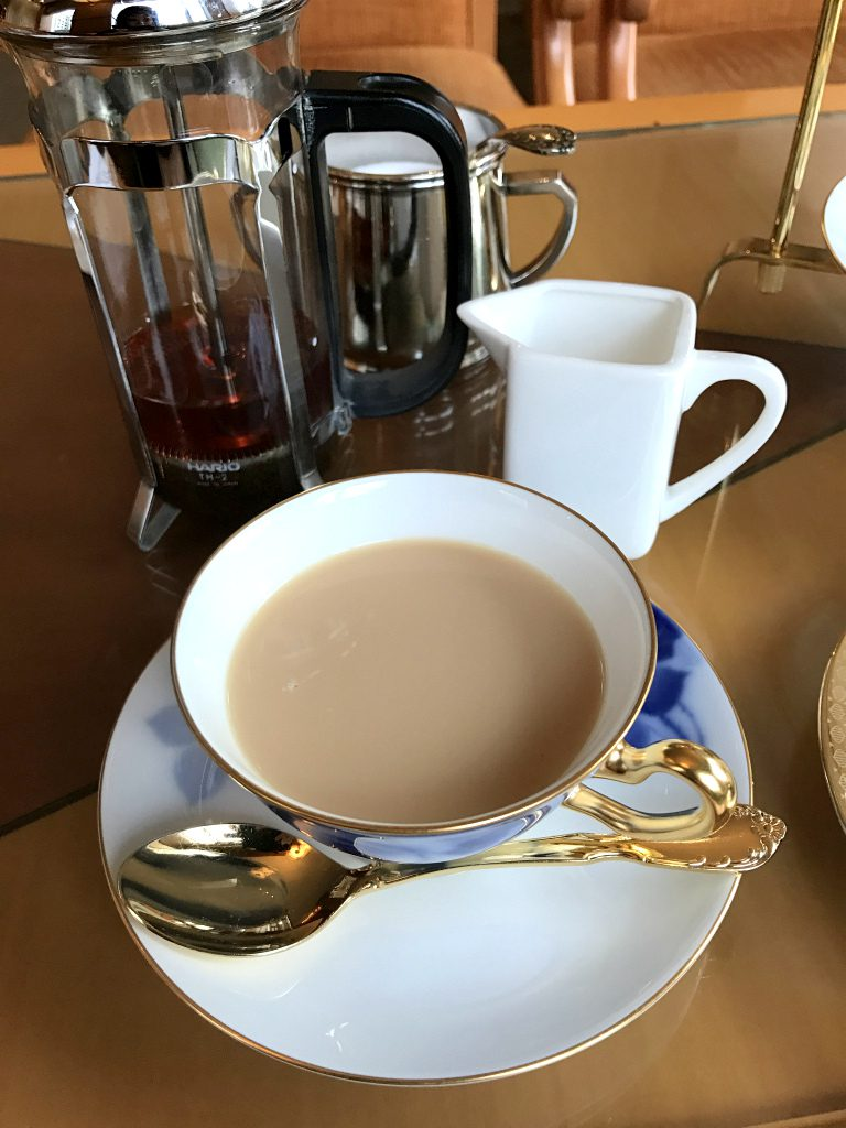 札幌グランドホテルのアフタヌーンティーの紅茶