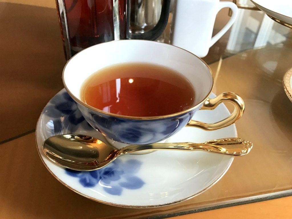 こちらは「札幌グランドホテルブレンド」何がブレンドされているかは教えていただけなかったのですが、フルーツ系のフレーバーティーでした。