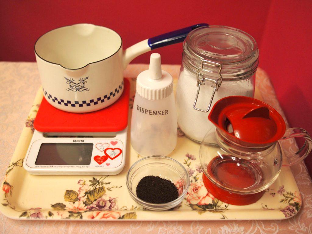 ティーシロップを作るときの材料と道具