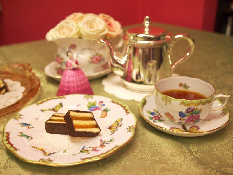ホレンディッシェ・カカオシュトゥーベのサマーリンデと紅茶